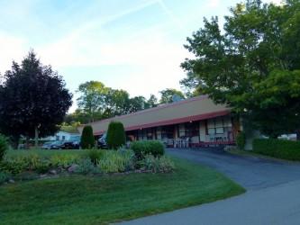 Front lawn of Capricorn Motel Royale, Gananoque, Ontario Sea Doo Lodgings