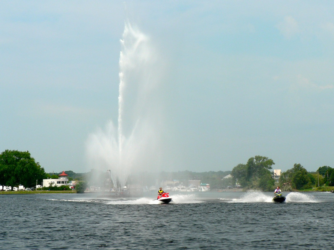 Running thru the fountain Little Lake, Peterborough on Trent Severn Waterway Sea Doo Tour