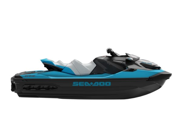Advanced Thermoformed Acrylic Finish Technology (CM-TEC) on the new Sea Doo platform
